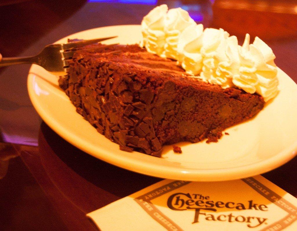 Arabic Zeal » Cheesecake Factory Opens in Dubai