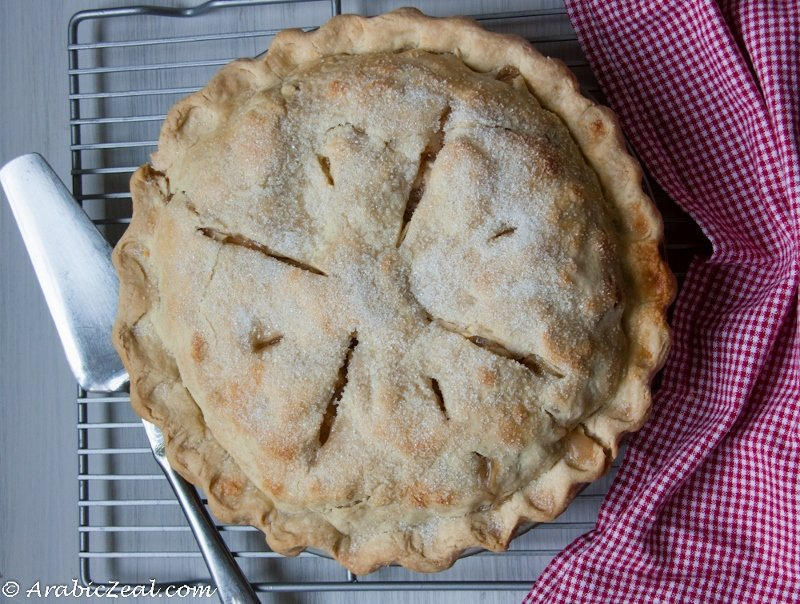 Apple Pie ~ traditional  American pastry_ (800x604)