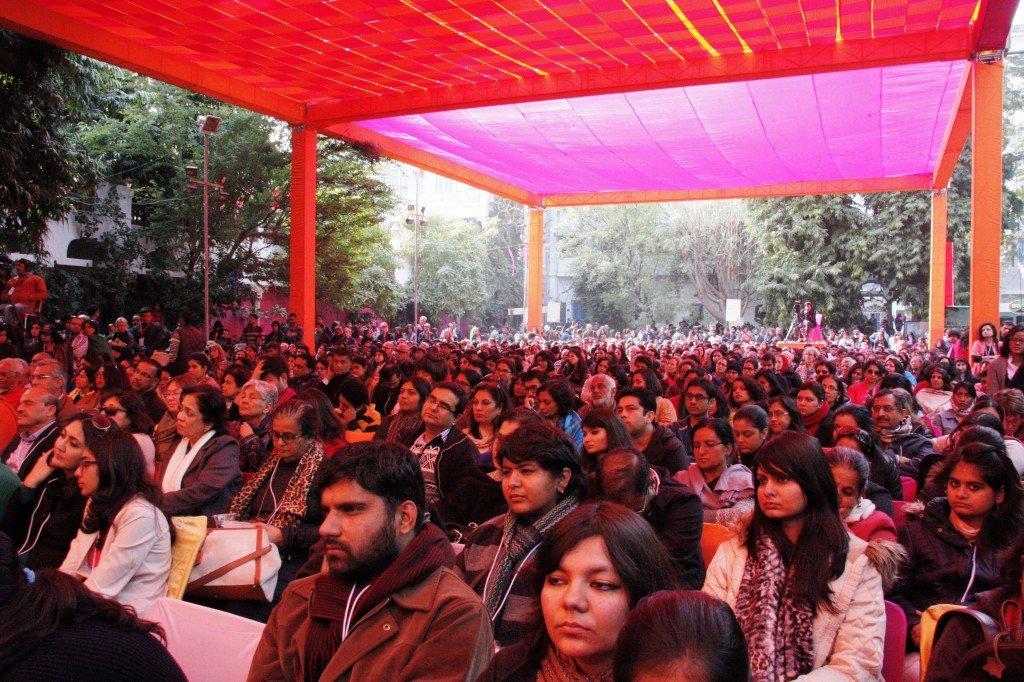 Jaipur Literature Festival  ~ Crowds to see Jhumpa Lahiri